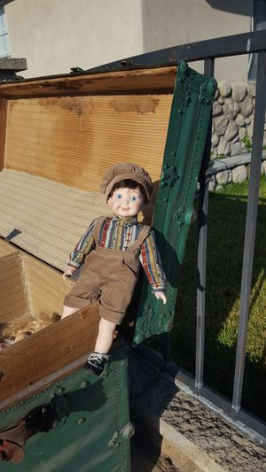 Antique dolls male and female for Sale in Whittier, CA