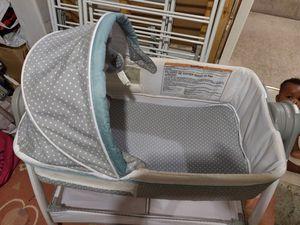 Baby bassinet for Sale in Laurel, MD