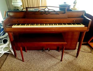 Vintage Gulbransen Supertone Scale Piano, Bench and vintage music for Sale in Mount Vernon, WA