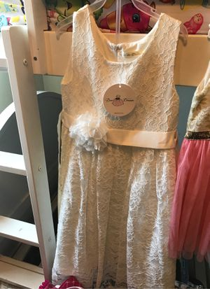 Flower girl dress brand new for Sale in Stockton, CA