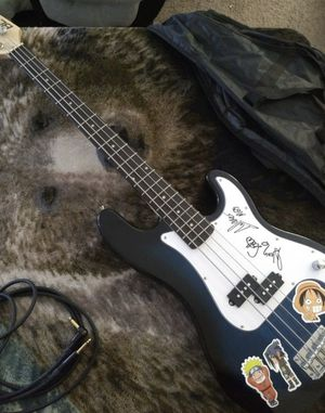 String Bass Guitar With Gig Bag and Amp for Sale in Las Vegas, NV