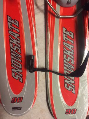 SnowSkate 90 With carrying case for Sale in Altoona, PA