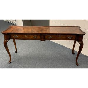 Hekman Burl Wood Console or Sofa Table for Sale in Duluth, GA