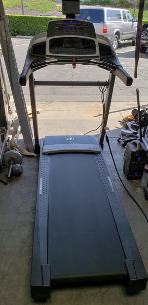 Nordictrack z 1300i treadmill (350lb capacity) for Sale in Anaheim, CA