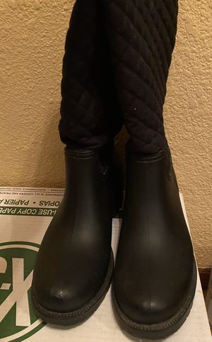 Women's rain boots size 7, like new for Sale in San Diego, CA