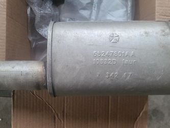Dodge Charger RT OEM Mid Muffler for Sale in Los Angeles,  CA