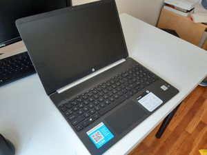 HP Laptop 15-dy1038nr for Sale in Cambridge, MA