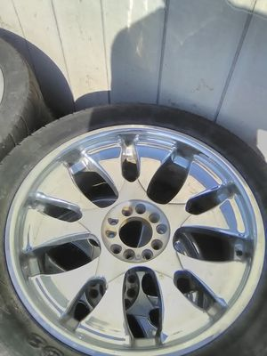 22inch rims for sale with orange dust covers for Sale in New Roads, LA