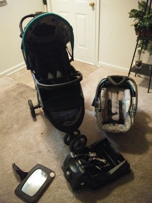 Baby Stroller with a Matching Infant Car Seat/Base for Sale in High Point, NC