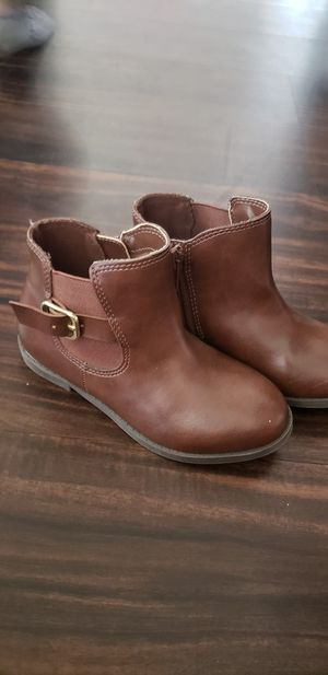 Lil Girls brown boots size 10 for Sale in Hemet, CA