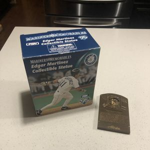 "Edgar Martinez ""The Double"" Statue 1995 Seattle Mariners 10th Anniversay SGA for Sale in Kirkland, WA"