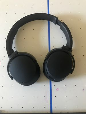 Skull candy Bluetooth headphones for Sale in Buckley, WA