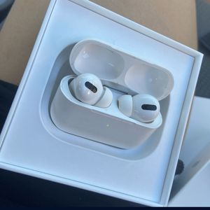 Pros AirPods for Sale in Beverly Hills, CA