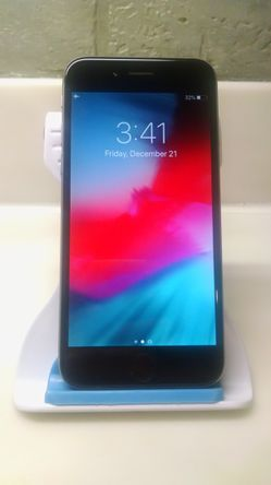 UNLOCKED APPLE IPHONE 6 16GB NOT A PLUS MODEL TMOBILE METRO BOOST CRICKET ATT SPRINT VERIZON AND WORLD USE for Sale in Chicago,  IL