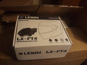 Lexin lx-ft4 bluetooth intercom for motorcycle helmet for Sale in Brook Park, OH