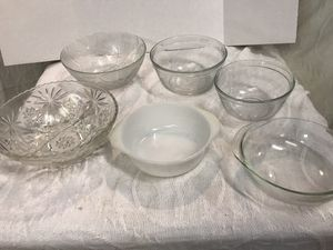 Lot of Glass & Pyrex Mixing Bowls for Sale in Raleigh, NC