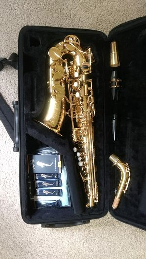 Yamaha Alto Saxophone Y480 plus Selma Paris S80C mouthpiece for Sale in Cary, NC