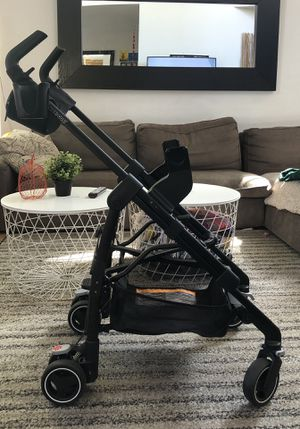 Maxi-Cosi Infant Car Seat Carrier - Stroller for Sale in Las Vegas, NV