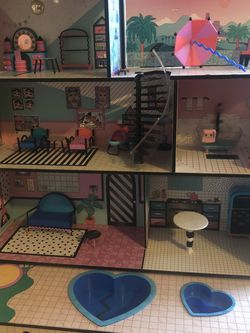 LOL doll House for Sale in San Leandro,  CA
