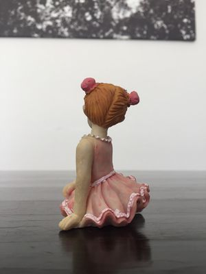 Tiny yet beautifully detailed statue of a young ballerina for Sale in Las Vegas, NV