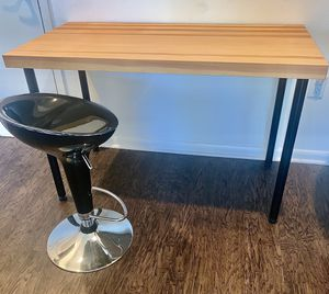 Wooden Desk / Table for Sale in Plano, TX