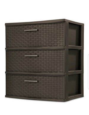 3 Drawer Tower (Plastic) for Sale in Naperville, IL