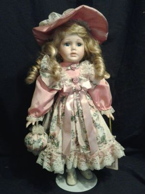 Antique Doll for Sale in Reedley, CA