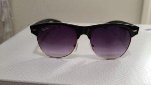 Ray-Ban sunglasses for Sale in MAGNOLIA SQUARE, FL