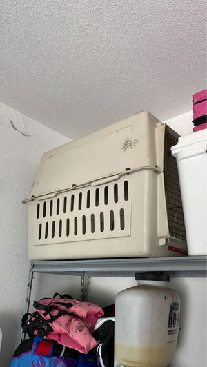 LARGE Dog Crate - Kennel for Sale in Midlothian, TX