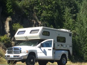 1988 western wilderness camper for Sale in Bremerton, WA