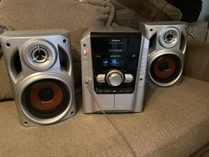 CD stereo system for Sale in Bell Gardens, CA