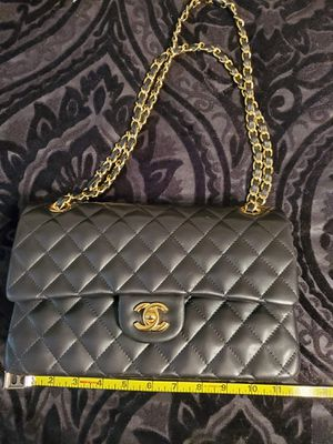 Chanel Crossbody Bag for Sale in Yukon, OK