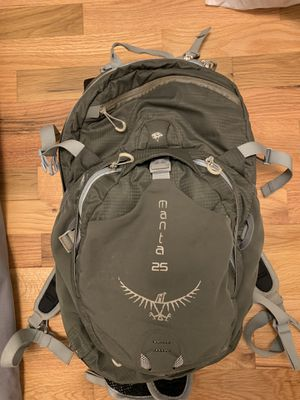 Osprey Manta 25 Day Pack for Sale in Seattle, WA