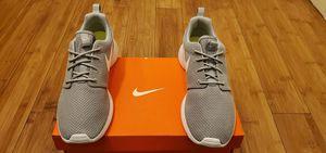 Nike Roshe size 8 for women. for Sale in Lynwood, CA