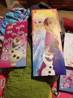 Frozen room decor for Sale in Irving, TX
