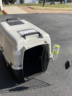 Large Animal Traveling Crate for Sale in New Castle,  DE