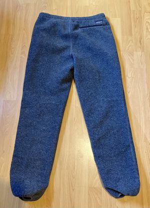 Mens gray fleece sweat pants by Patagonia size medium. for Sale in Redondo Beach, CA