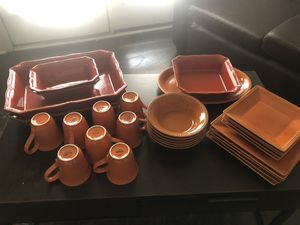 Full Dish Set and Dinnerware for Sale in Lexington, KY