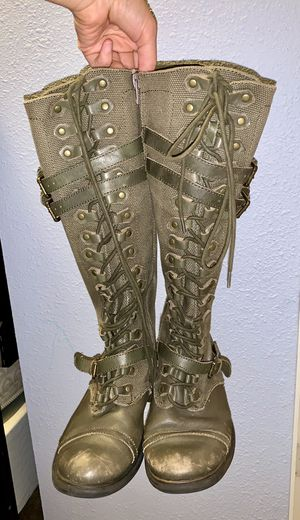 Women's boots for Sale in Bothell, WA