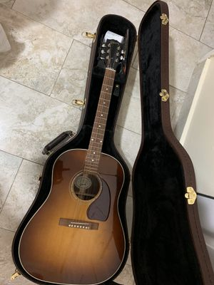 ACOUSTIC-ELECTRIC GUITAR GIBSON J-15 for Sale in Miami, FL