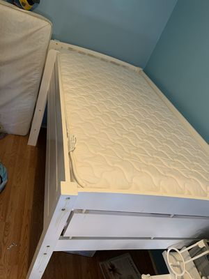 Baby clothes in good condition baby crib, kids bunkbeds for Sale in Brooklyn, NY