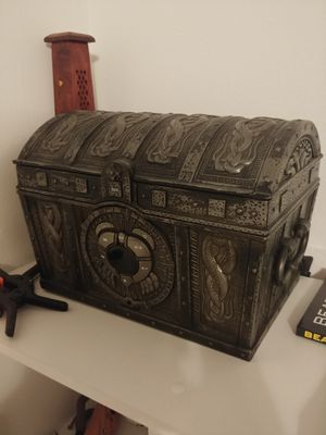 Pirates of the Caribbean Davy Jones Chest CD player for Sale in Ocoee, FL