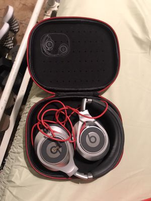 beats by dr. dre corded headphones for Sale in Kingsburg, CA