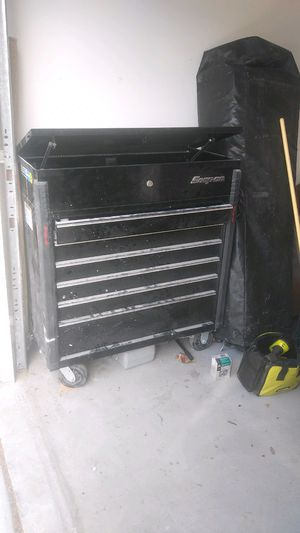 Snap on tool box ( no tools included) for Sale in Menifee, CA