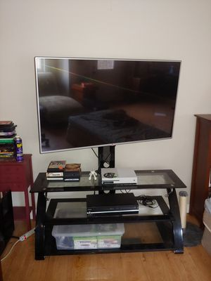 "55"" LG flatscreen with glass/metal stand. for Sale in San Diego, CA"