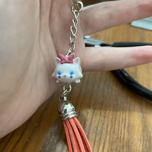 Disney Tsum Tsum Marie From The Aristocats Keychain for Sale in Alma, MI