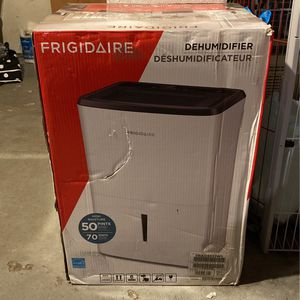 Frigidaire Dehumidifier brand New 50pint for Sale in Tarrytown, NY