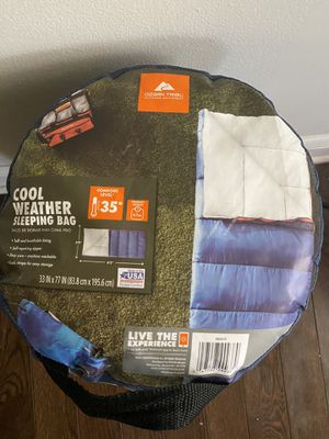Ozark Trail 35F with soft liner camping Sleeping Bag for Sale in Jersey City, NJ