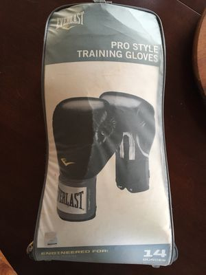 Boxing gloves and wraps for Sale in Hayward, CA
