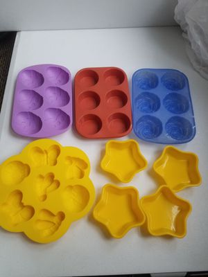 Rubber molds, cake Jello bake tray, round, butterfly, rose, egg, star shape for Sale in Cole Camp, MO